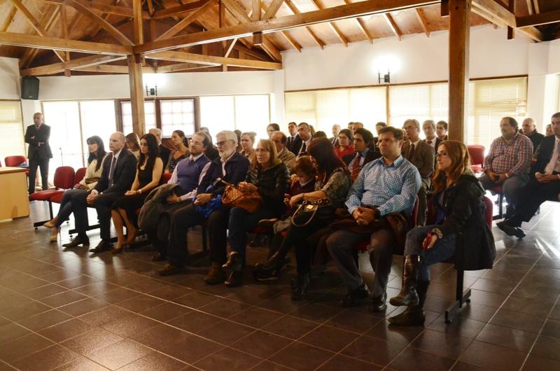 """El público presente en la ceremonia realizada en el Salón """"Conrado Witthaus"""" del edificio de Tribunales de Congreso Nacional 502."""