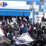 Escrache a supermercados  Gremios se manifestaron contra los aumentos