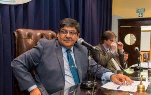 Las intenciones de avanzar en proyectos pendientes incluso desde el período anterior de parte de los legisladores provinciales se verán frustradas, ante la postura del presidente de la Cámara Juan Carlos Arcando, para quien no hay garantías de seguridad todavía.