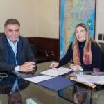 Bertone firmó acuerdo con Nación para avanzar con las licitaciones