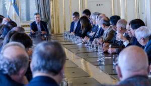El rector de la Universidad Nacional de Tierra del Fuego (UNTDF), Juan José Castelucci, participó del encuentro de Rectores celebrado este martes en la Casa Rosada, convocado por el propio Presidente de la Nación Mauricio Macri.