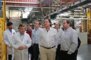 El ministro de Industria Ramiro Caballero acompañó ayer al presidente del INTI Javier Ibáñez, durante el primer tramo de su recorrida por la provincia, para visitar distintas fábricas y conocer el nivel de desarrollo.