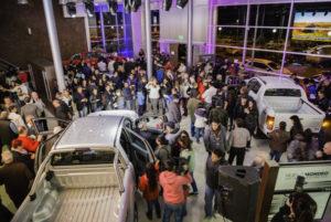 Una gran cantidad de público acompañó el lanzamiento de la nueva Ford Ranger