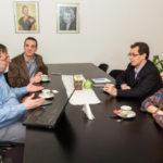 El Gobierno obtuvo el compromiso de Telefónica Argentina de ampliar la conectividad