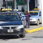 Los taxis trabajan mucho menos y chóferes pierden ingresos