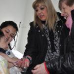 Abuelos entregaron elementos a niños en Pediatría del HRRG