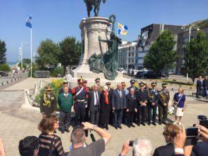 Alumnos del CIERG viajaron a Francia junto al Decano Ferreyra para rendirle homenaje a José San Martín.