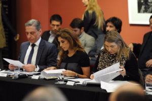 La gobernadora Rosana Bertone rubricó la restitución de 15% de coparticipación para Tierra del Fuego.