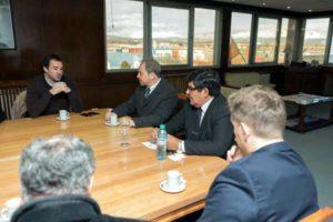 La comitiva nacional estuvo integrada por el viceministro de Ciencia y Tecnología, Agustín Campero; el subsecretario de Coordinación Institucional, Sergio Matheos; y el subsecretario de Políticas en Ciencia, Tecnología e Innovación productiva, Jorge Mariano Aguado.