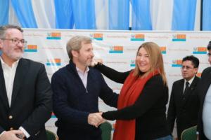 El Gobierno Nacional remitió a Tierra del Fuego 83 millones de pesos en concepto del Fideicomiso Austral, destinados a pagar las obras de provisión de los caños para los tres gasoductos.