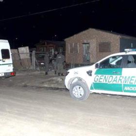 Dos jóvenes fueron rescatadas de una red de trata de personas. Las órdenes de allanamientos en Tolhuin y Río Grande fueron emanadas por la justicia misionera. Hay cuatro personas detenidas.