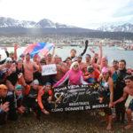 Más de 40 nadadores unieron Chile y Argentina por la paz
