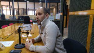 El secretario de Deportes de la Provincia, Ramiro Bravo, visitó los estudios de Radio Universidad (93.5 MHZ).