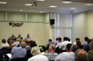 Dirigentes de FAGDUT de todo el país en el Congreso Extraordinario realizado en la sede nacional del gremio.