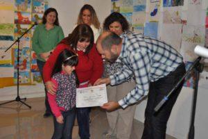 Durante el evento se realizó la premiación a los concursantes de dibujo, desde el nivel inicial hasta el secundario.