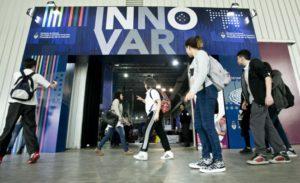 El ministro Lino Barañao inauguró la exposición anual del Concurso Nacional de Innovaciones.