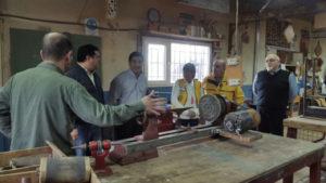 El Club de Leones donó torno. Se trata de una máquina de hierro para carpintería que fuera donado por una ex integrante del Club local que ya no vive en la provincia.