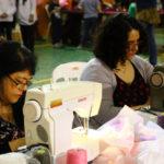Voluntarios confeccionaron más de dos mil juegos de sábanas