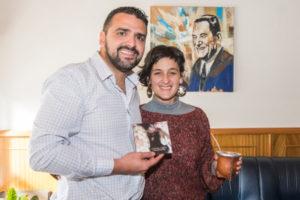 Casiana Torres se presentó en la ciudad capital y visitó al intendente Walter Vuoto.