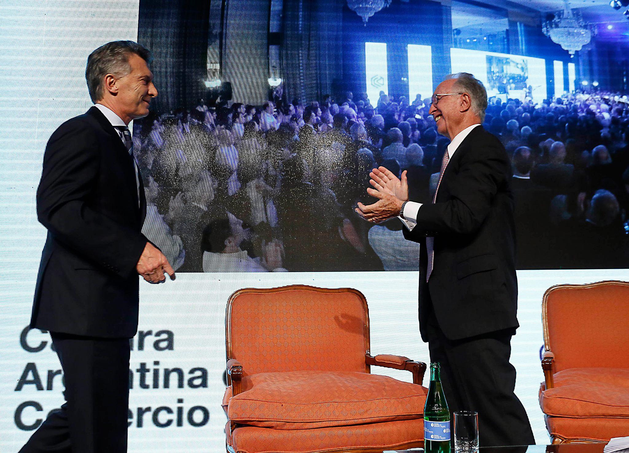 El vicedecano de la UTN, Francisco Álvarez, participó del 92° Aniversario de la Cámara Argentina de Comercio y Servicios (CAC).