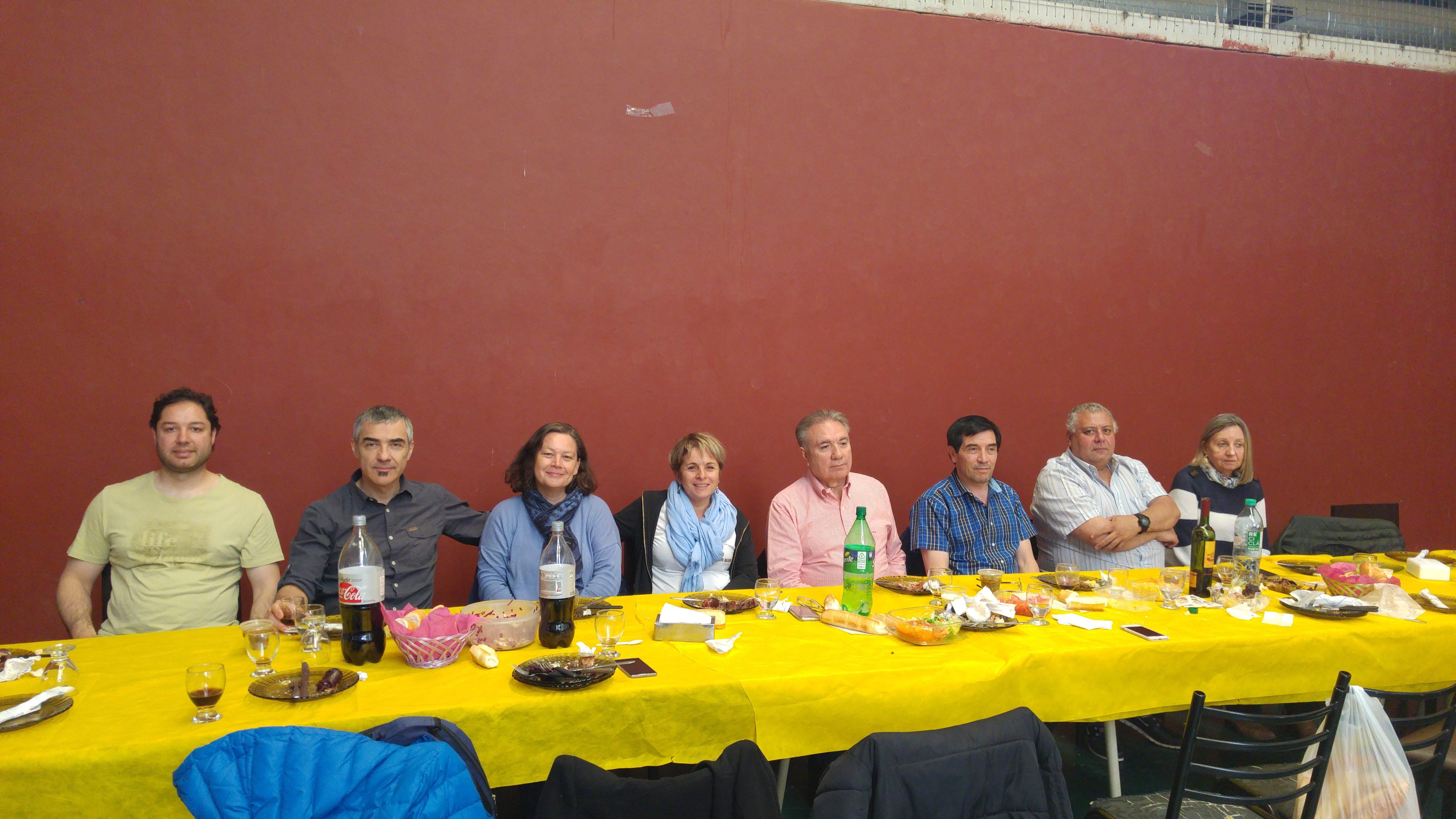 La comunidad educativa de la UTN celebró el cierre del ciclo lectivo con el tradicional brindis de fin de año.