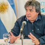 Becerra instó al gobierno a dialogar
