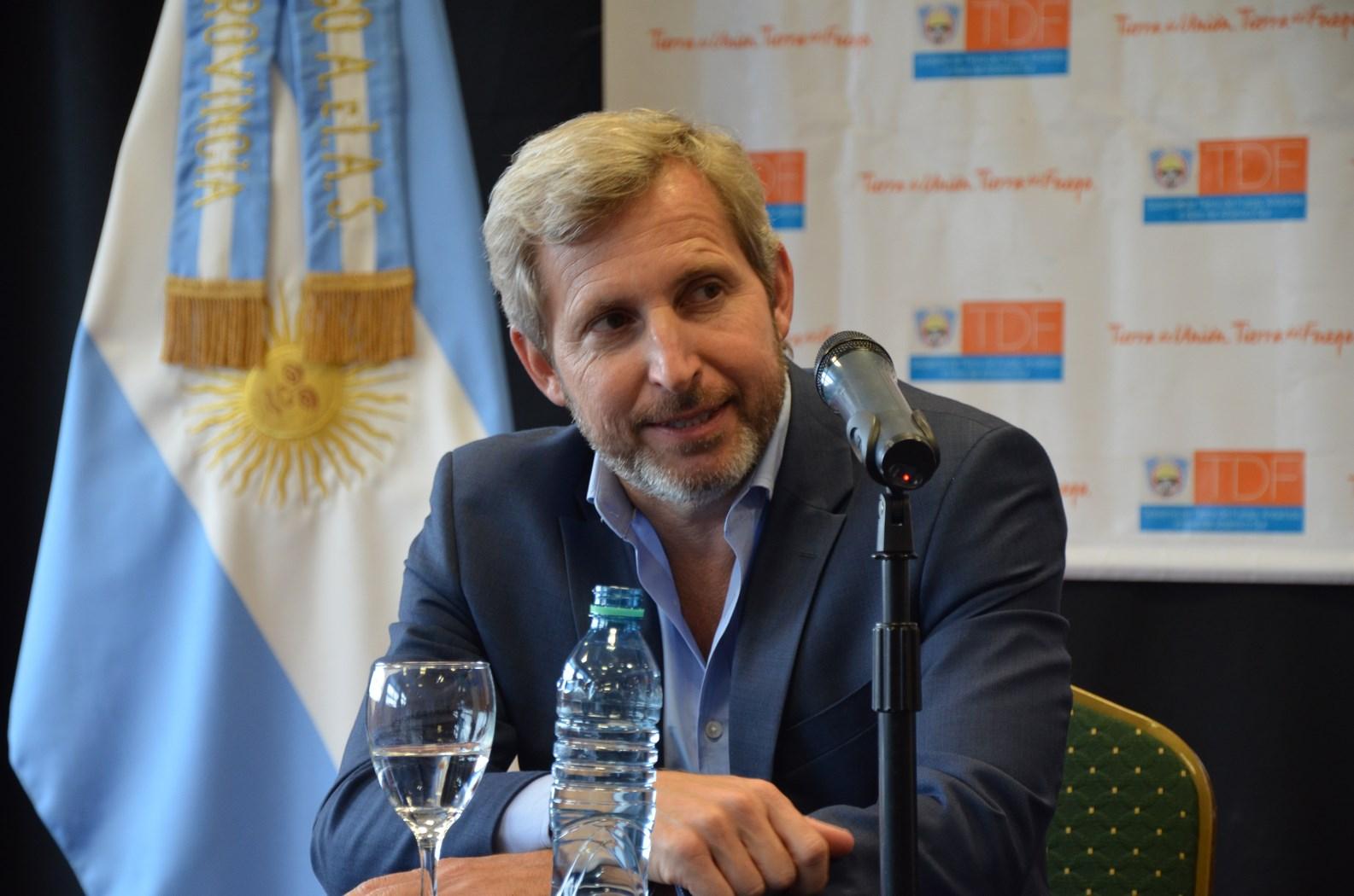 El ministro Frigerio visitó nuevamente la capital fueguina en donde acompañó a la gobernadora en diversas inauguraciones.