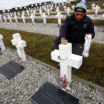 Desde la Cruz Roja aseguran que la identificación de los argentinos caídos en Malvinas estará lista a fin de año