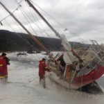 La Armada rescató al tripulante de un velero belga
