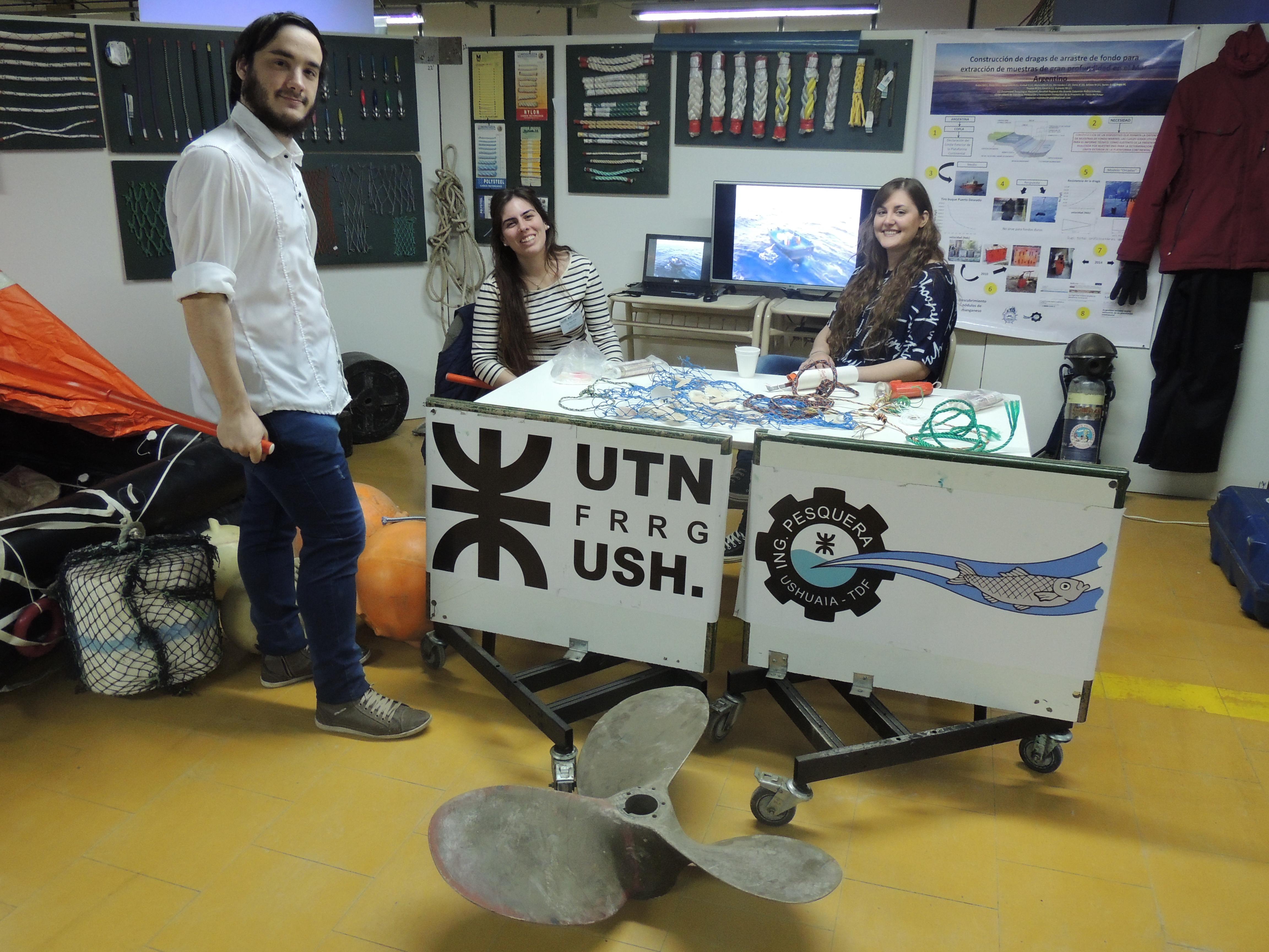 Diversos stands participaron de las jornadas organizada por la UTN
