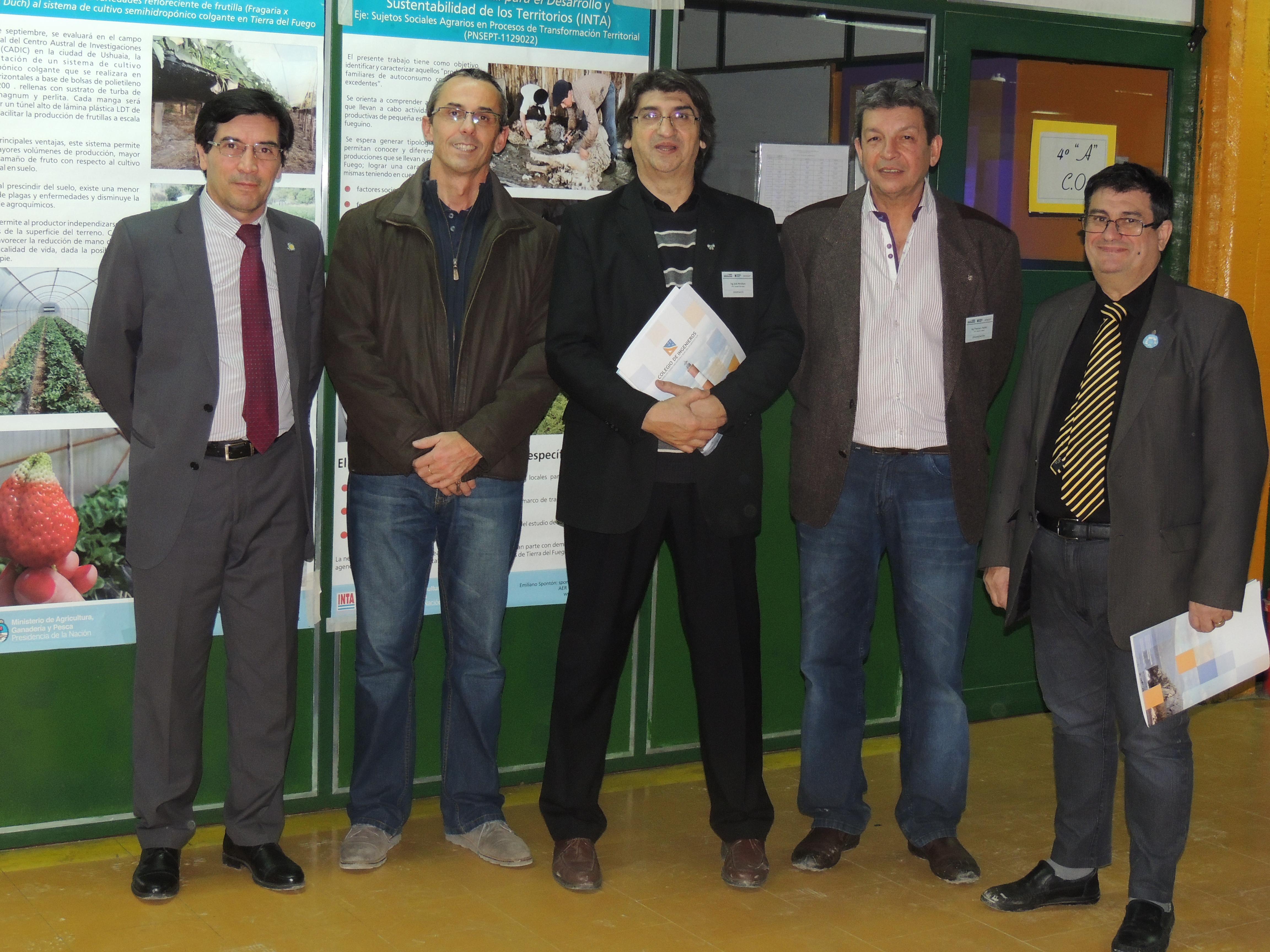 Autoridades de la Universidad Tecnológica Nacional, presentes en la Semana de la Ingeniería.