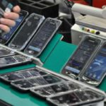 El presidente de Brightstar dijo que perjudica cada vez más el contrabando de celulares