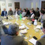 Caballero se reunió con autoridades de la UIF, la Aduana y representantes de las fábricas