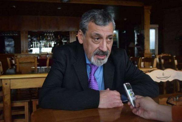 """""""El caso emblemático es la Dirección Provincial de Energía, y ya no sé qué hacer para que trabajen. No sé qué hacer"""", reiteró con énfasis, respecto del Presidente del organismo que dirige Saldivia."""