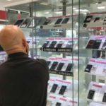 Bajan los precios de los teléfonos celulares