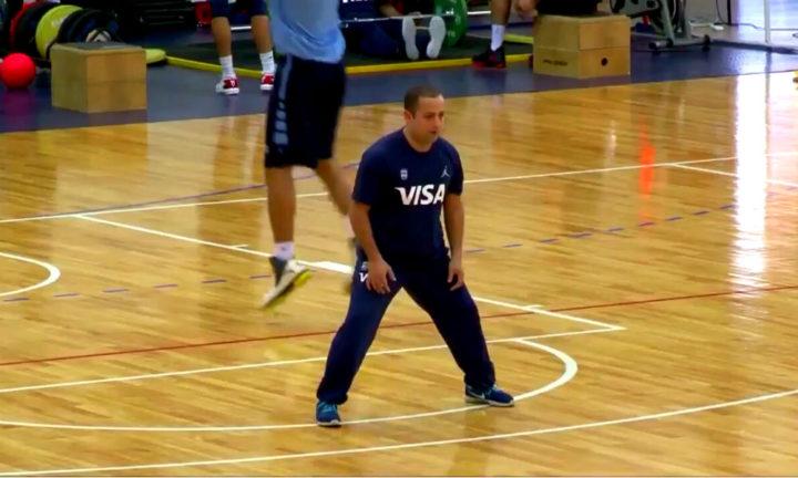 Presente soñado. El fueguino Gatti busca continuar como colaborador técnico del seleccionado nacional que busca la clasificación al Mundial de China 2019.