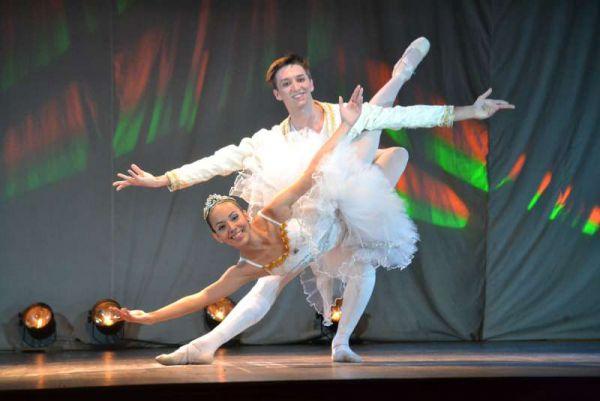 La joven también fue calificada como Mejor Bailarina entre dos mil concursantes.