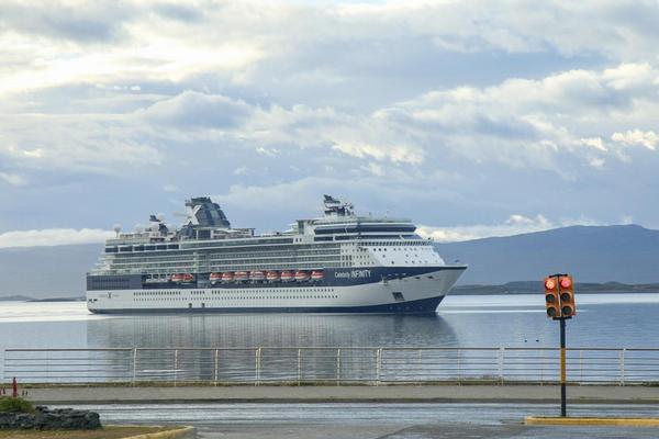 En total, el puerto de Ushuaia recibió a más de 6 mil visitantes durante el fin de semana largo de año nuevo.