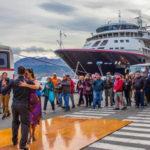 6000 turistas fueron recibidos a puro tango