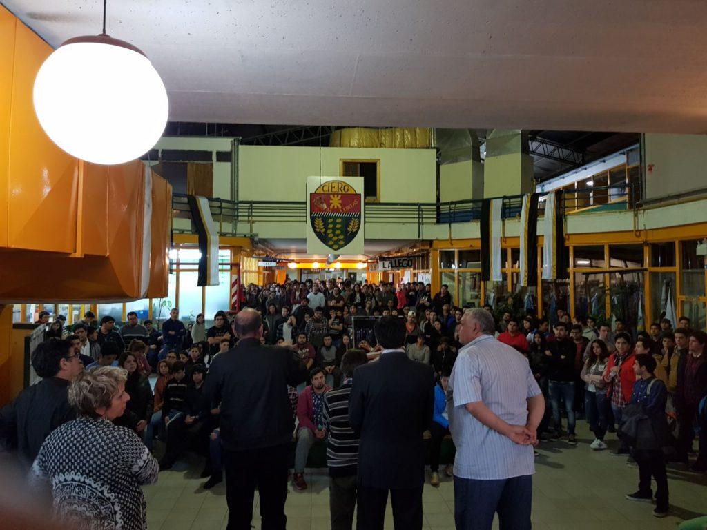 A nivel local, en la UTN Tierra del Fuego, la FAGDUT (Asociación Gremial Docente de la UTN), llevó adelante, como medida complementaria, una asamblea de docentes y alumnos donde se informó la situación de crisis existente en el sector universitario.