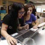 Clubes en tecnología para chicas en el Espacio para el Desarrollo Laboral y Tecnológico