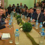 Los gobernadores se plantan ante la Casa Rosada y se reúnen hoy en el CFI
