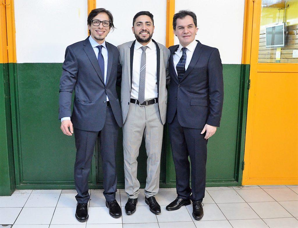 De izq. a der.: Los Ingenieros Industriales, Lucas Riquelme Balverdi, Rodrigo Cuestas y Rodolfo Heber Villegas.