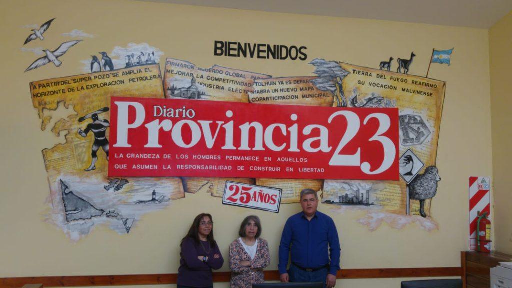 Las hermanas Lodeiro pasaron por la redacción de Provincia 23 junto a su Director, Alberto Centurión.