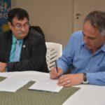 Gobierno firmó convenios de subvención de proyectos de COFECYT