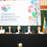 Bertone inauguró el primer Congreso Internacional de Autismo