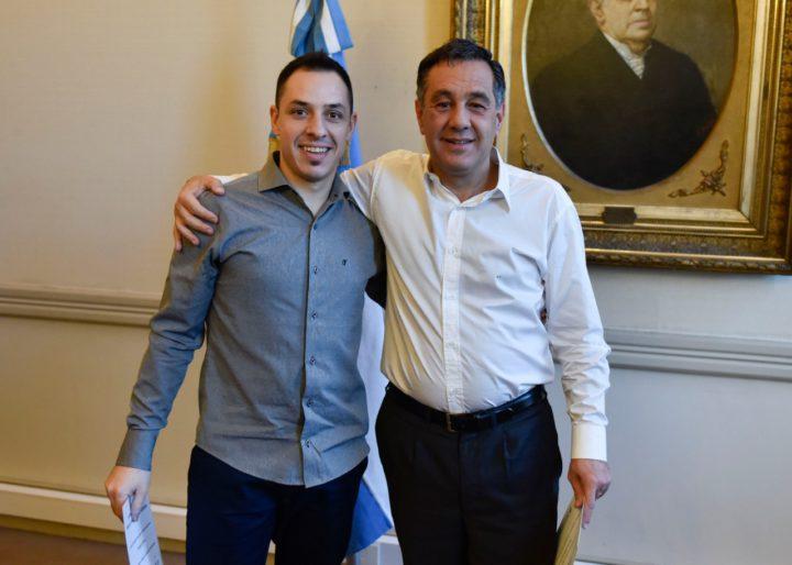 Pablo junto al Ministro de Educación de la Nación, Alejandro Finocchiario.