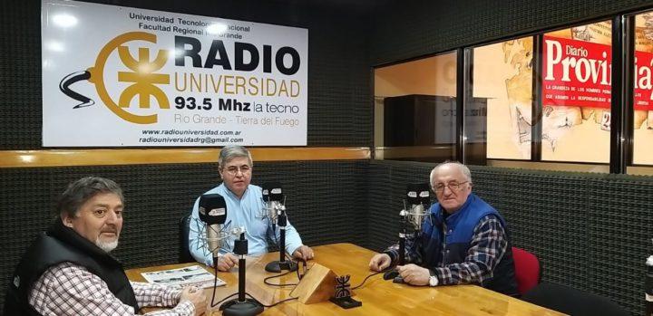 En el marco de la Edición N°46 del Gran Premio de la Hermandad, Mauro Oyarzo y Carlos Ozuljevich llegaron desde Chile para visitar los estudios de Radio Universidad (93.5) y dialogar con 'Dos Preguntan', en donde revivieron historias y anécdotas de una de las competencias más emblemáticas de Latinoamérica.
