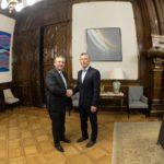 Macri y Alberto Fernández, listos para cooperar hasta el 10 de diciembre