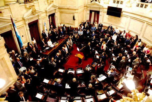 Este miércoles juraron los tres senadores fueguinos, los camporistas Matías David Rodríguez y María Eugenia Duré y radical Pablo Daniel Blanco.